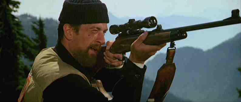 Scena roulette russa il cacciatore